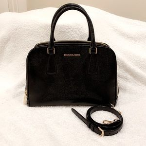 Almost New Michael Kors bag with crossbody strap